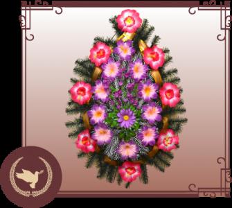 Венок из искусственной хвои с цветами Р-37