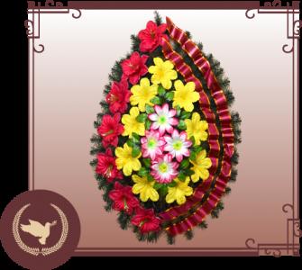 Венок из искусственной хвои с цветами Р-3
